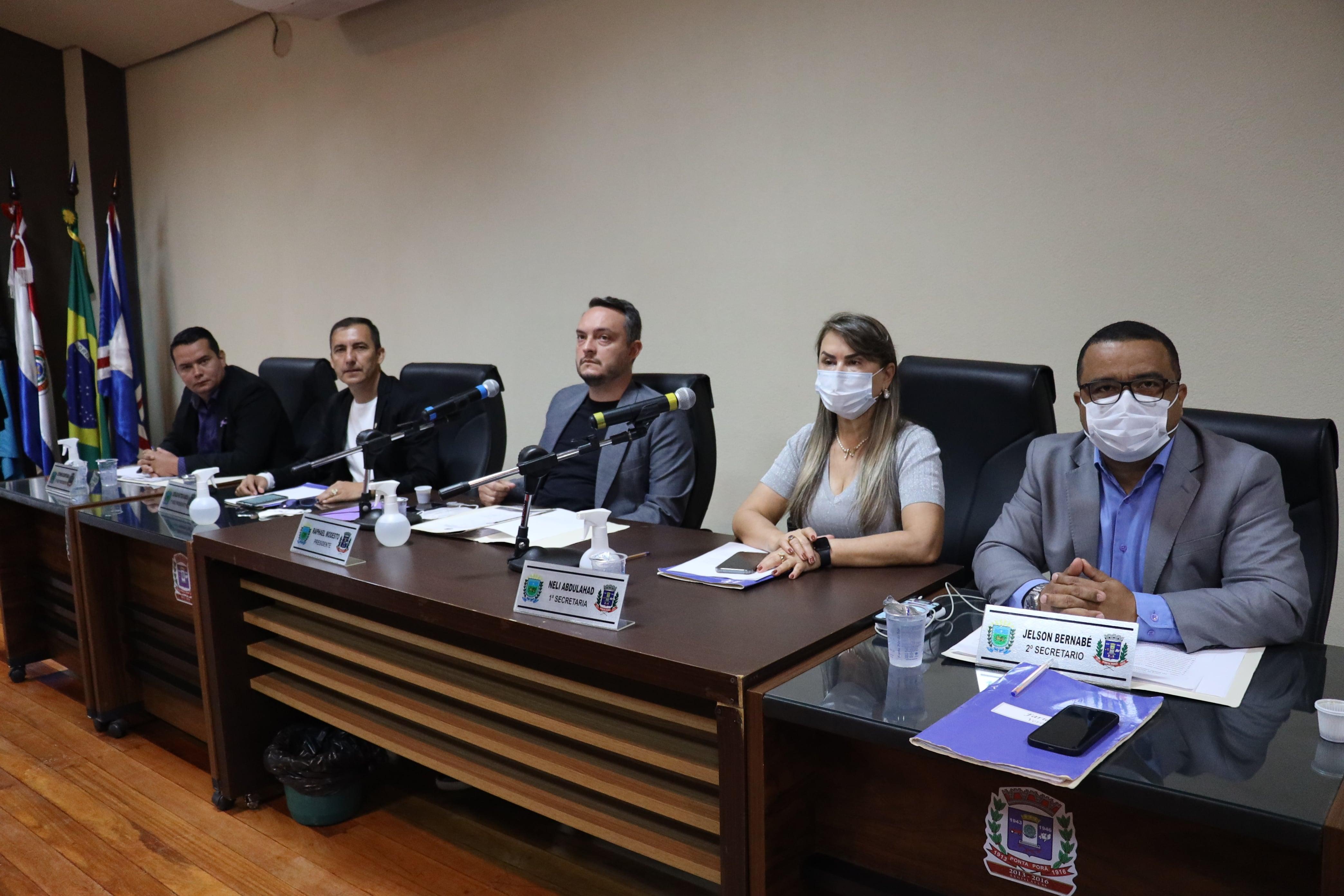 Em sessão ordinária, vereadores mantêm vetos a emendas da LDO