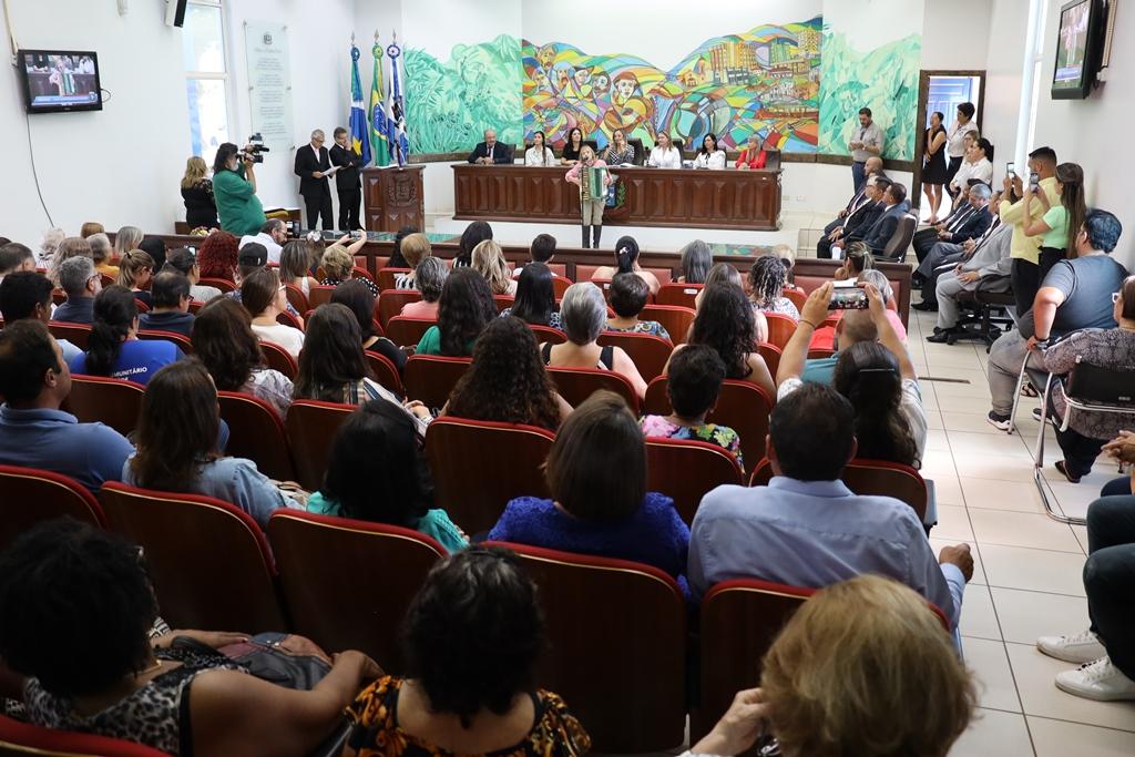 Mulheres foram homenageadas em sessão solene na Câmara Municipal de Ponta Porã
