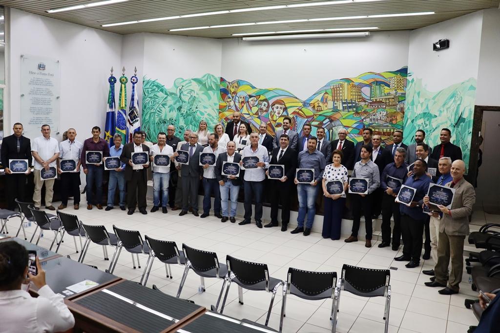 Câmara Municipal realiza sessão solene para entrega de Títulos de Cidadão Pontaporanense